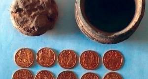 مصر تعثر على عملات ذهبية ترجع للعصر البيزنطي