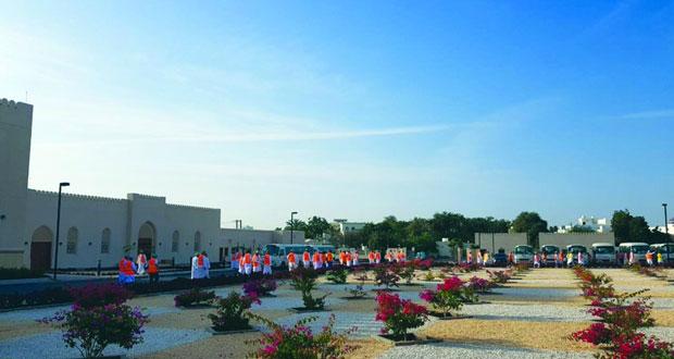 الفرق الميدانية المشاركة في حملة استئصال البعوضة الزاعجة تواصل اليوم عملها في ولايات محافظة مسقط
