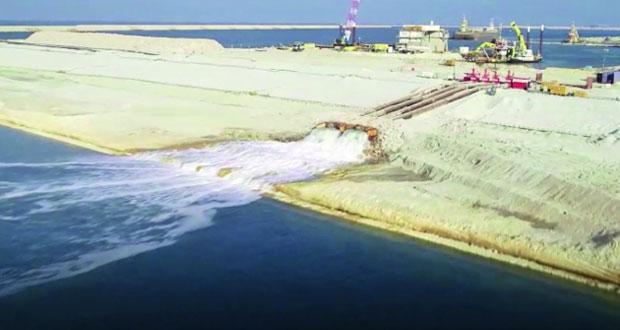 ميناء الدقم يحتفل بدخول مياه البحر لحوض الرصيف النفطي