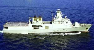 """البحرية السلطانية العمانية و""""الباكستانية"""" تنفذان التمرين البحري (الثمر الطيب)"""