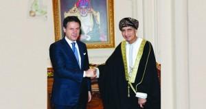 رئيس وزراء إيطاليا يصل السلطنة
