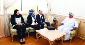 وزير الصحة يستقبل وفدا من وزارة الصحة التونسية