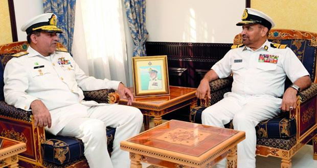 بحث المجالات البحرية المشتركة بين السلطنة وباكستان