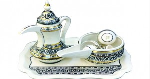 صناعة الفخار في بهلاء من أبرز الصناعات التقليدية وجزء من الموروث الحضاري