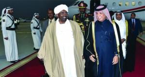 السودان يعتبر (الحوار) الخيار الأمثل .. والشرطة تفرق تظاهرات بالخرطوم وأم درمان