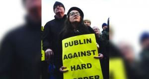 المفوضية الأوروبية: يتعين ضمان بقاء الحدود الأيرلندية مفتوحة في أي اتفاق لـ(بريكست)