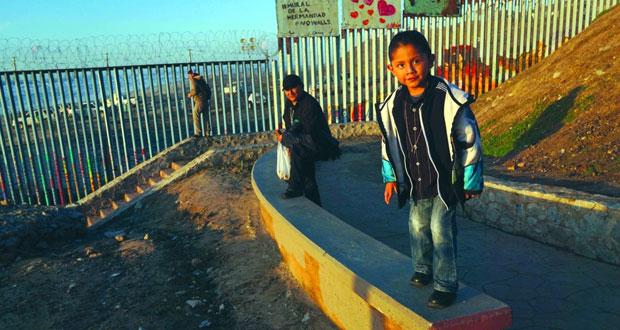 أميركا : الإغلاق الحكومي مستمر .. وترامب يلوح بحالة الطوارئ لتمويل (جدار المكسيك)