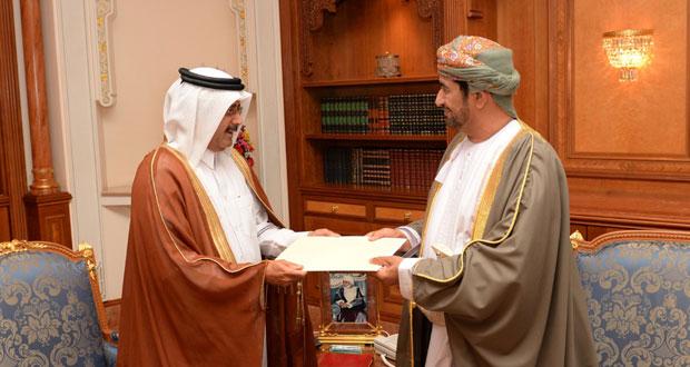 جلالة السلطان يتلقى رسالة من أمير قطر