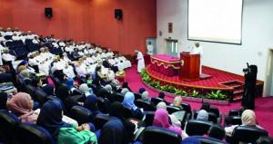 استعراض 80 بحثا علميا في يوم البحوث السنوي بمستشفى جامعة السلطان قابوس