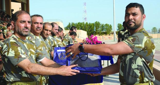 ختام فعاليات اليوم الرياضي المفتوح وتكريم المجيدين بالبحرية السلطانية العمانية