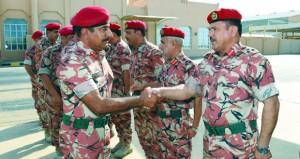 قائد الجيش السلطاني العماني يتوجه إلى دولة الإمارات