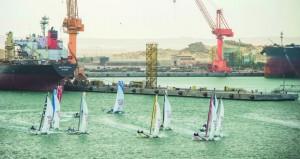 """فريق """"سيفلوتج"""" الفرنسي يتصدر منافسات اليوم الأول من سباقات الطواف العربي في افتتاح الجولة الرابعة بالدقم"""