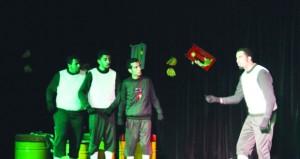 """مسرحية """"نعيم الخرفان"""" تقص شريط العروض المسرحية بمسرح الشهباء بجامعة نـزوى"""