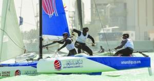 انطلاق الجولة الأخيرة من سباقات الطواف العربي للإبحار الشراعي بصلالة