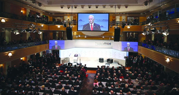 (ميونخ للأمن) : برلين تحذر من انهيار هياكل السياسة الدولية وواشنطن تحث شركاءها بـ(الناتو) لزيادة نفقاتهم الدفاعية