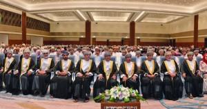 وزير الصحة يرعى احتفال المجلس العماني للاختصاصات الطبية بتخريج 113 طبيبا في 17 تخصصا طبيا