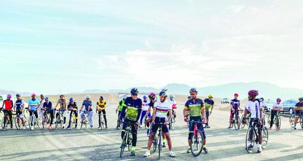 ختام سباق الدرجات الهوائية لفئتي المحترفين والهواة بمحافظة جنوب الشرقية