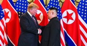 (قمة هانوي): ترامب وكيم متفائلان .. ونزع السلاح النووي لبيونج يانج محور المحادثات