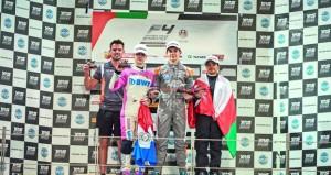 شهاب الحبسي وصيفا في الجولة الثانية لبطولة الإمارات للفورمولا ٤