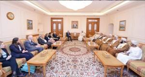 استعراض آفاق التعاون بين السلطنة والمملكة المتحدة في المجالات البرلمانية