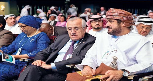 بمشاركة السلطنة القمة العالمية للحكومات في دبي تناقش مستقبل التكنولوجيا وتأثيرها على حكومات المستقبل