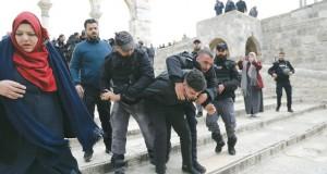 دوائر فلسطينية رفيعة تبحث قرار الاقتطاع من أموال الضرائب
