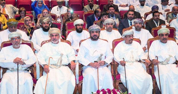 بدء فعاليات المؤتمر العلمي الرابع لقسم اللغة العربية وآدابها بجامعة السلطان قابوس يتضمن 10 جلسات ولمدة 3 أيام