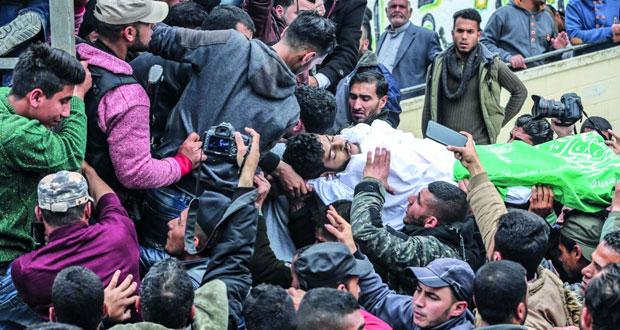 شهيد وجرحى برصاص الاحتلال في غزة فيما قصف طائراته مواقع للمقاومة