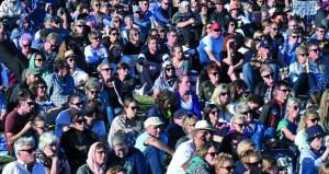 الآلاف يشاركون في مراسم تأبين ومسيرات ضد العنصرية بنيوزيلندا