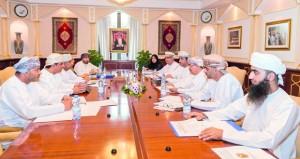 """اجتماع اللجنة المشتركة بين جامعة السلطان قابوس و""""الزراعة والثروة السمكية"""""""