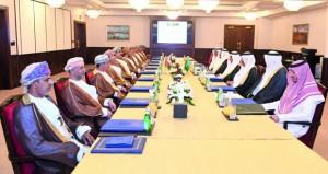 اللجنة الأمنية العليا المشتركة بين السلطنة والسعودية تناقش التعاون الأمني والشرطي