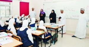 وزيرة التربية والتعليم تزور مدارس محافظة مسندم