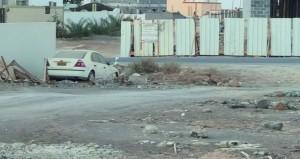 ركن المركبات والشاحنات لفترات طويلة في الأحياء السكنية .. ظاهرة مقلقة تبحث عن حل