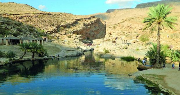 """""""وادي بني خالد"""" .. مقومات طبيعية تستهوي السياح"""
