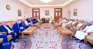بحث أوجه التعاون البرلماني والتجاري والاستثماري بين السلطنة والتشيك