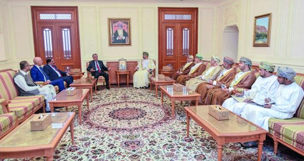 بحث أوجه التعاون البرلماني بين السلطنة وباكستان