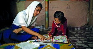 الروهينجا يكافحون من أجل التعليم في مخيمات بنجلاديش