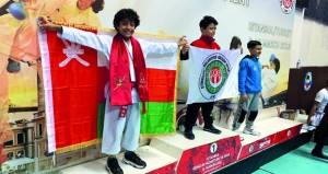 هشام البوسعيدي يواصل تألقه الدولي ويحل وصيفا في بطولة الكاراتيه بتركيا