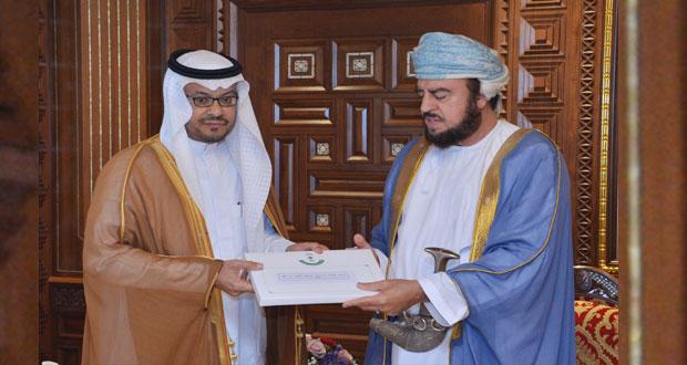 جلالة السلطان يتلقى رسالة خطية من خادم الحرمين