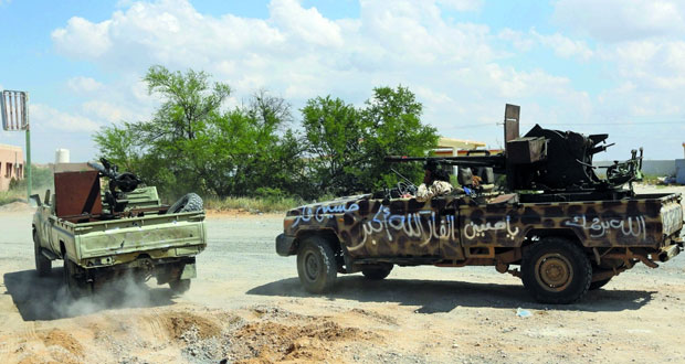 ليبيا: قوات حفتر تعلن تقدمها من 7 محاور جنوب طرابلس