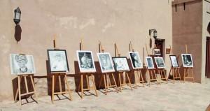 مقتنيات أثرية وفنون تشكيلية وصور ضوئية في المعرض التراثي النزوي الأول