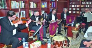 فرقة حليم للتخت الشرقي الأردنية تحيي الموسيقى العربية في هواة العود