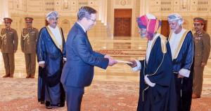جلالة السلطان يتقبل أوراق اعتماد سفيري بريطانيا واليابان