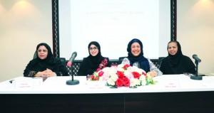 مشاركة عمانية في ملتقى نون القصيد لشاعرات الخليج