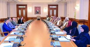 لجنة الصداقة العمانية ـ البولندية تبحث تعزيز التعاون المشترك في كافة المجالات