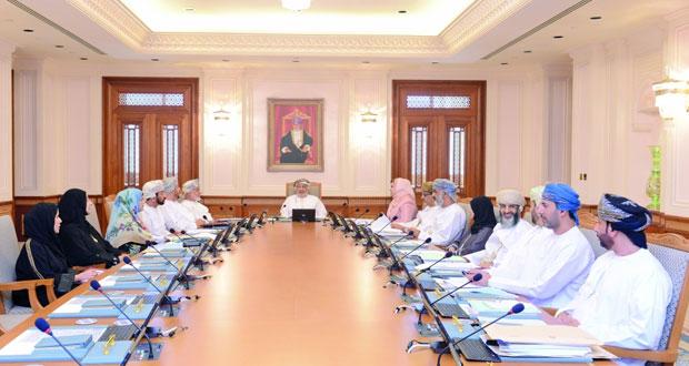 مكتب مجلس الدولة يناقش واقع استخدام اللغة العربية والتعليم الإلكتروني