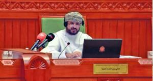 وزير الخدمة المدنية أمام الشورى : 174 ألف و107 موظفين يعملون في 39 وحدة حكومية تطبق قانون الخدمة المدنية