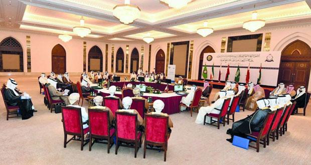 بحث تعزيز التعاون الأمني المشترك بين دول المجلس