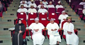 حلقة نقاشية عن المشروع الوطني حول مهنة التدريس في السلطنة