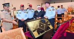 وفد من الأمن العام الأردني يزور أكاديمية السلطان قابوس لعلوم الشرطة وقيادة شرطة الداخلية